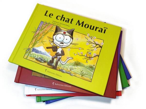 Livre Le chat Mouraï et la série Les petits chats